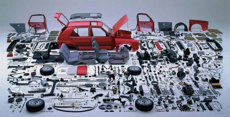 【画像あり】車の部品を全部分解して並べてみた結果www