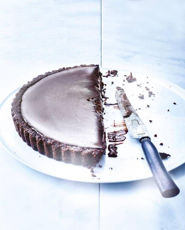 Tarte presque sans cuisson 100 % chocolat pour 6 personnes - Recettes Elle à Table