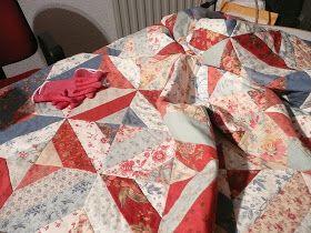 Mijn Quilt Avontuur!: Lijm uit de spuitbus en quilten met de naaimachine.