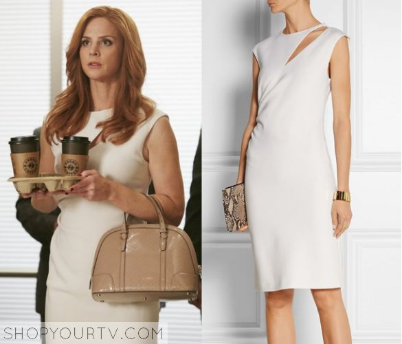 Donna Paulsen (Sarah Rafferty) wears this White cut out midi bodycon dress in this episode of Suits. It is the Emilio Pucci [...]