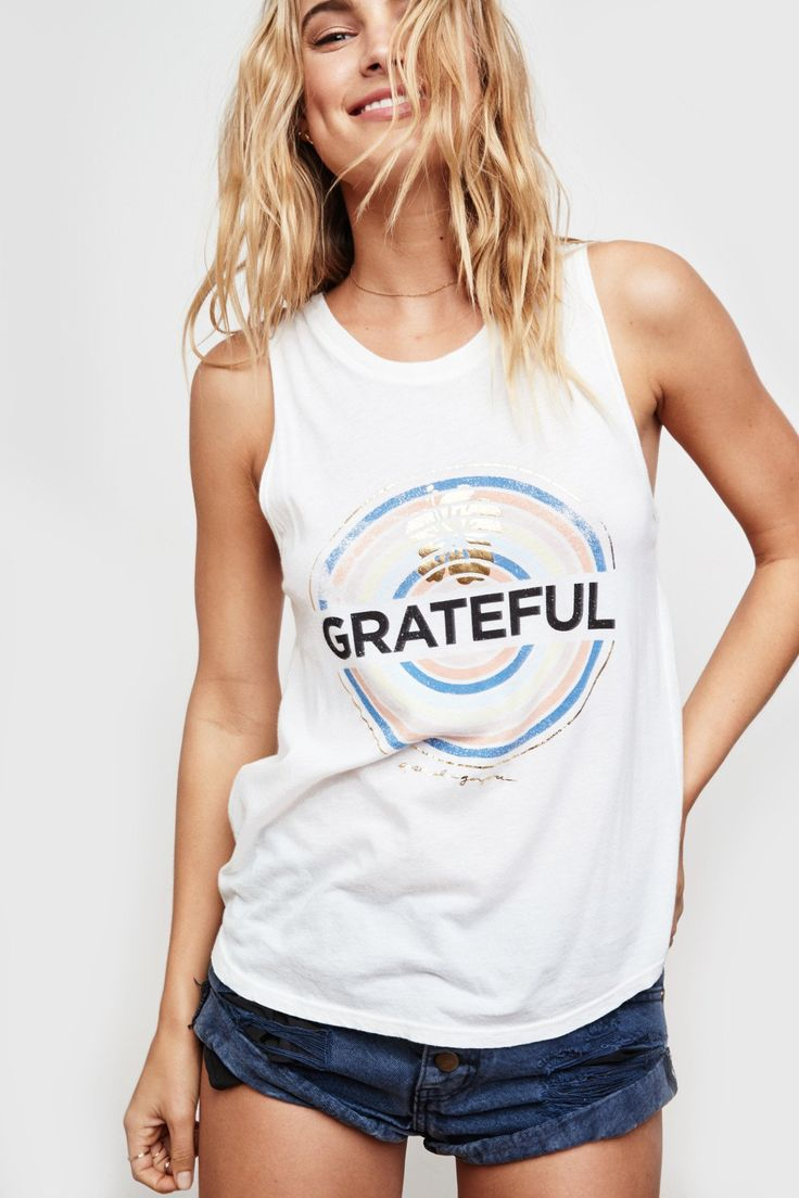 GRATEFUL MEDALLION MUSCLE TANK
