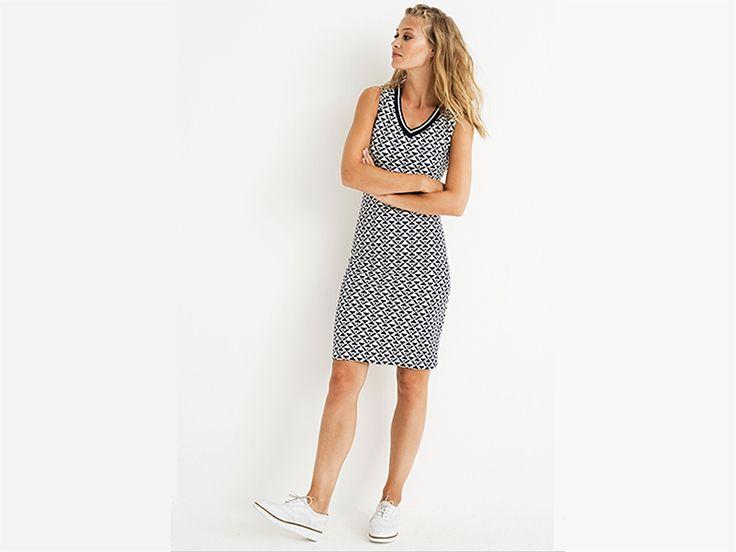 Sportieve zomerjurk van Tramontana, leuk met sneakers! #tramontana #tramontanaamsterdam #zomer #jurken #grafisch #patroon #mode #fashion #design #conceptstore #weidesignandmore #hipshopshaarlem