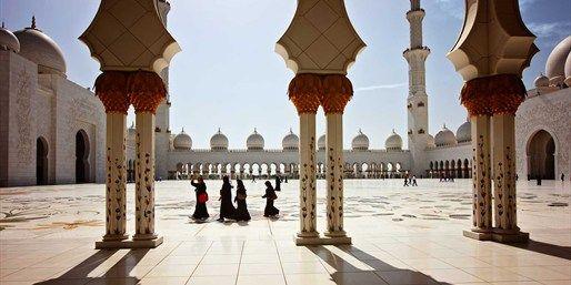 999 € -- Emirate-Woche mit AIDA zur besten Jahreszeit & Flug