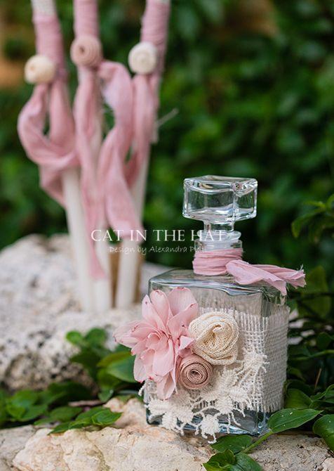 des.#LUCIDA #Christening Oil kit 5 pcs. (Bottle, #candles, scented soap) decorated with handmade flowers. #βαπτιστικά #vaptisi #βαπτισηκοριτσιου #βαπτιστικά #vaptisi #λαδοσέτ #christeningcandle http://www.catinthehat.gr/gia-koritsi/ladoset-koritsia/ladoset-lucida.html
