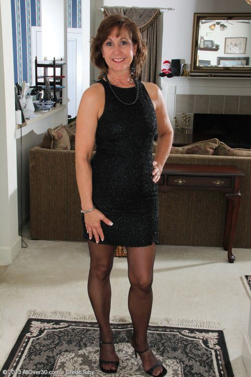 53 year old hot blonde cougar's first porn