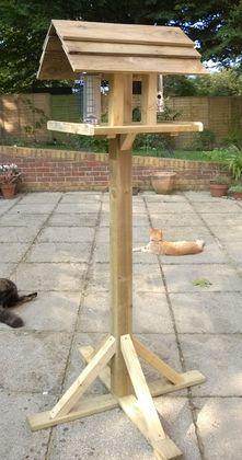Cat-proof bird tables from http://www.birdtable-birdtable.com/