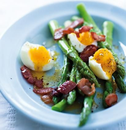 love the combo of egg and asparagus