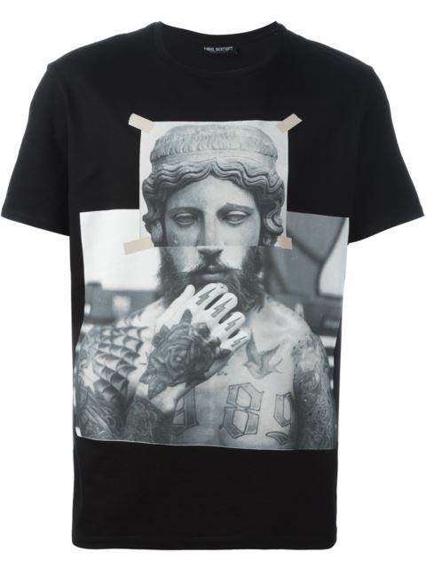 Shop Neil Barrett statue print T-shirt in Tiziana Fausti from the world's best independent boutiques at farfetch.com. Shop 400 boutiques at one address.