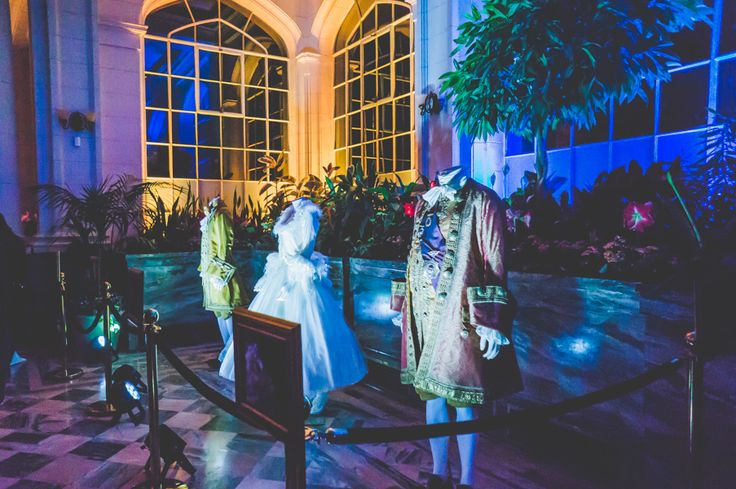 This past Thursday evening, members of the media were given an advance sneak peek at the beautiful Walt Disney Canada Beauty and the Beast exhibit at Casa Loma.