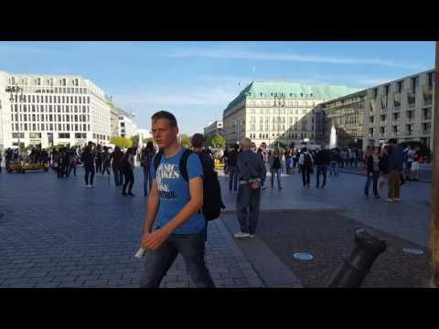 Berlin September 2016 durch das Brandenburger Tor - YouTube