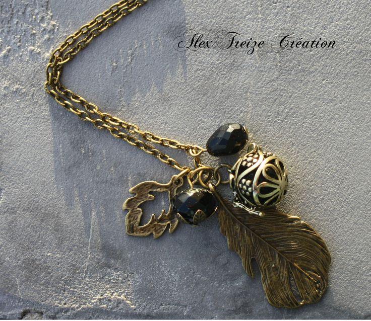 Sautoir A parfumer, cage à perle à ouvrir et pendentif feuille - ton noir