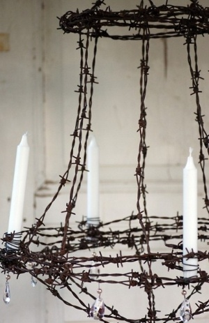 :): Lights, Wire Chandelier, Idea, Houses, Diy Crafts, Chandeliers, Candles, Outdoor, Barbed Wire