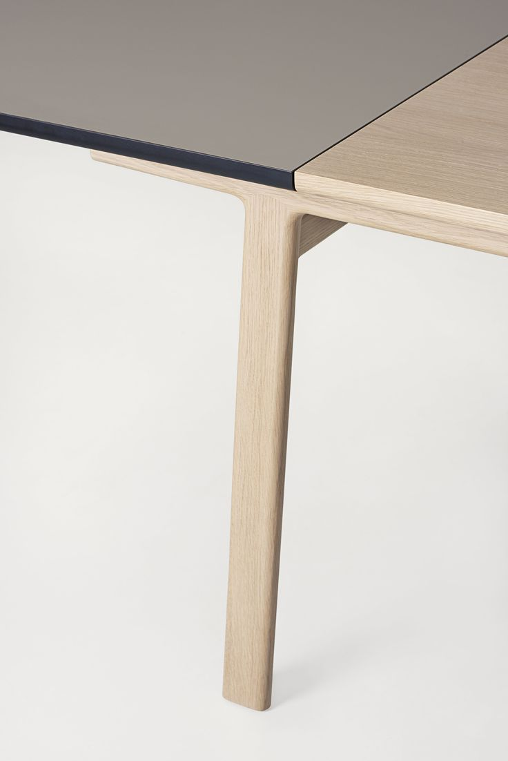 Maisa dining table - Carlo Clopath