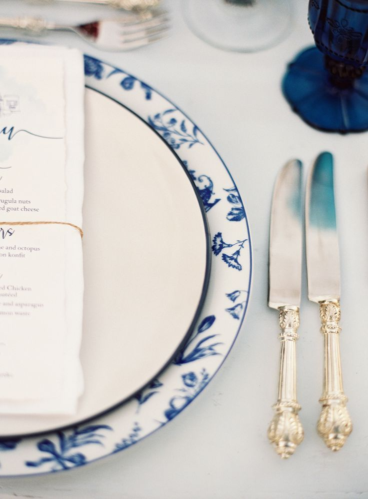 Tablescape with classic cutlery - Greek wedding photographers Les Anagnou - Greece wedding photographers