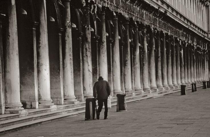 venetie single women Venice, italy gay male escort, browse 147 male escort at rentmen.