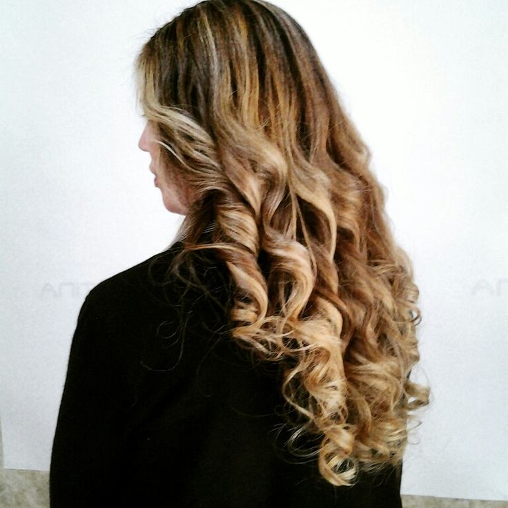 #degradéjoelle#hayrstylist#lhaircurt#lucetraicapelli#blond#tagliopuntearia#amorepericapellilunghi# #snappedinsalone#welovecdj#