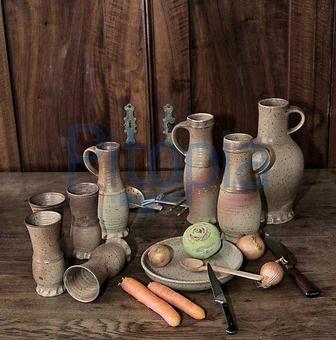 Bildagentur Pitopia - Bilddetails - Still Leben (Tom Haaß) Bild 667865 mittelaltergeschirr, geschirr, krug, kanne, tasse, becher, schüssel, ...