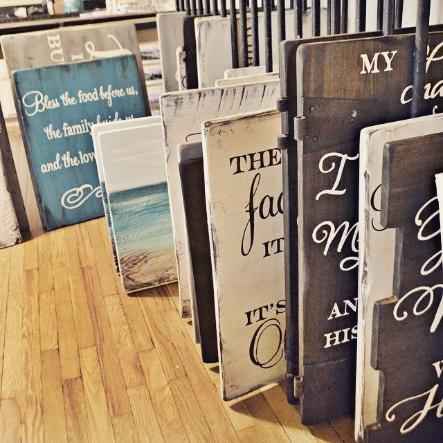 how to paint wooden signs