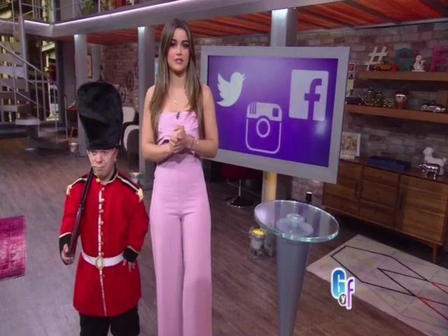 Clarissa Molina Con Las Noticias De La Farándula: Luis Miguel Premia A Señora Que Fue A 300 De Sus Conciertos