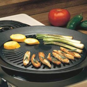 Now you can barbecue grill inside with this kick ass stove top! It introduces a healthier cooking style for your meat. Use it on your electric, gas, or propane stoves indoors, or outdoors. It is lightweight so you can take it anywhere you go.   Click Here for More Info - http://igotstahaveit.com/product/smokeless-indoor-stove-top-grill-healthy-kitchen-stovetop-indoor-grill/  #indoorgrill #grill #indooreletricgrill #grilling #steak