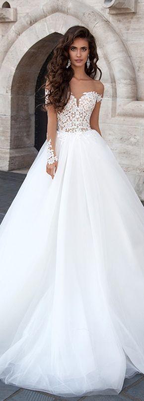 Gown de mariée Milla Nova : princesse avec de la dentelle