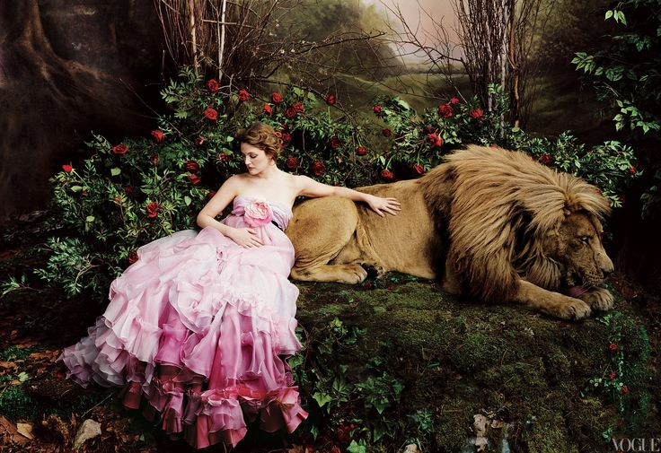 Beauty & the Beast by Annie Leibovitz