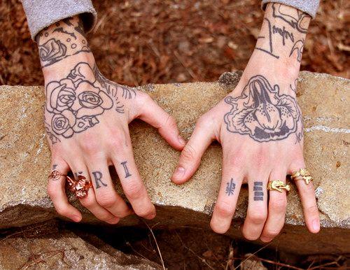 //: Hand Tattoos, Hands Tattoosidea, White Tattoo, Fingers Tattoo, Inri Tattoo, Ladies Fingers, Knuckle Tattoo, Tattoo Ink, Tattoosidea Tattooplac