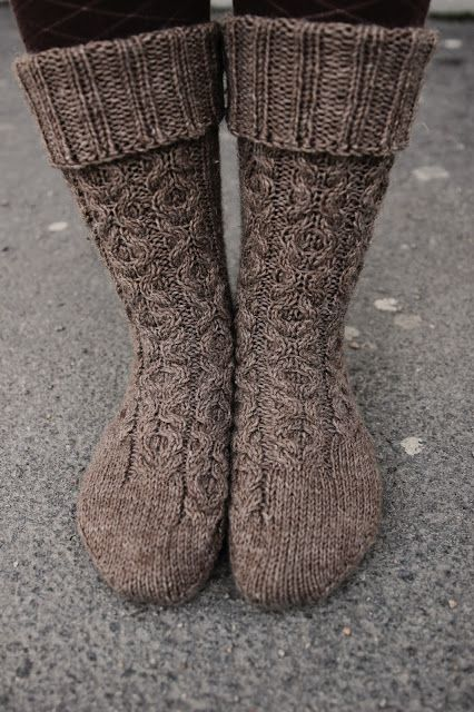 469 best images about Knitting Patterns on Pinterest ...