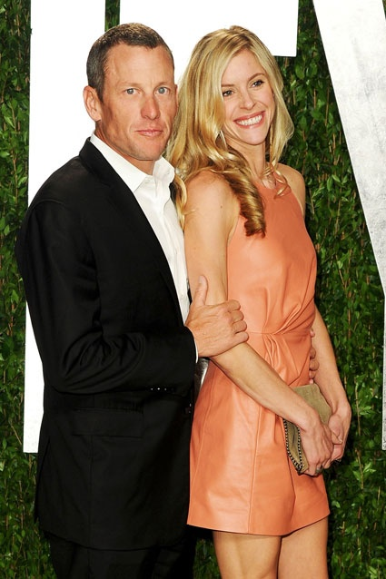 lance armstrong is dating who
