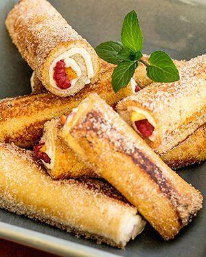Resultado de imagen para pan frances relleno de fruta frambuesa