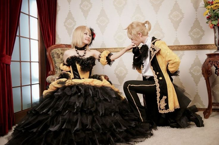 Rin and Len Kagamine cosplay- Story of Evil.