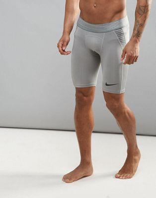 Серые шорты Nike Training Pro Hypercool 828158-003