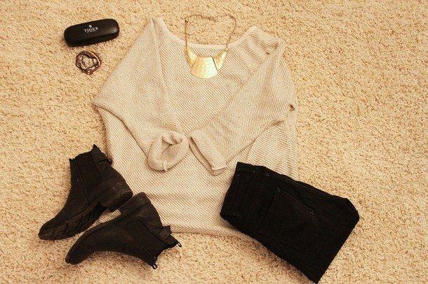 бежевый, чёрный, ботинок, ботинки, браслеты, наряд, мило, падение, мода, девушка, золото, гранж, шорты с высокой талией, хипстер, толстовки худи, инди, драгоценности, lookbook, любовь, прекрасно, комплект одежды, polyvore, приятное, шорты, весна, стиль