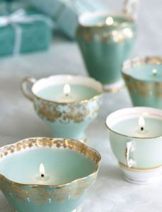 Vintage chic crockery for wedding reception table blue, gold and white. Tiffany's style. Romantic and chic <3 Candle craft ideas