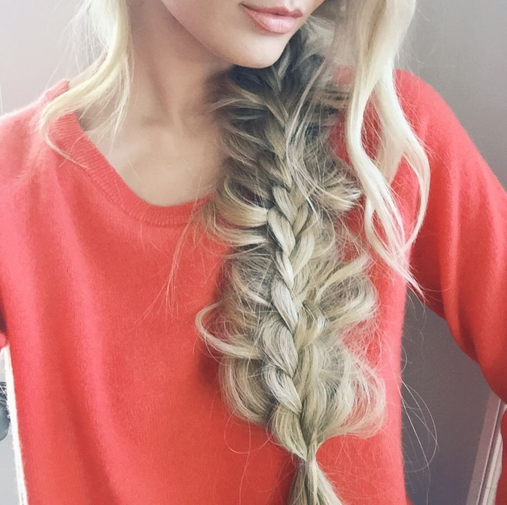 Barefoot Blonde - Stacked Braid Tutorial