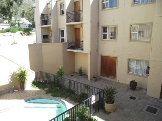 Gordons Bay Property   Price: R 380,000   Ref: 3065529