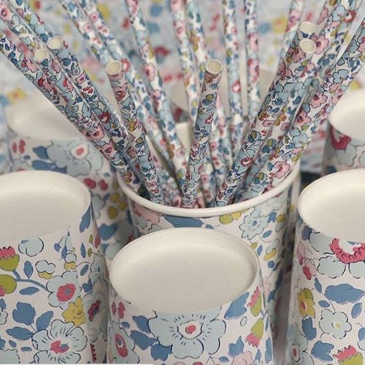Meri Meri Liberty Betsy - Paper Straws -  Party Supplies - Meri Meri UK - Putti Fine Furnishings Toronto Canada - 2