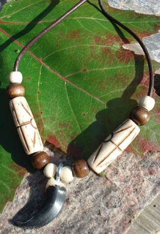 Huron Coyote Claw Necklace