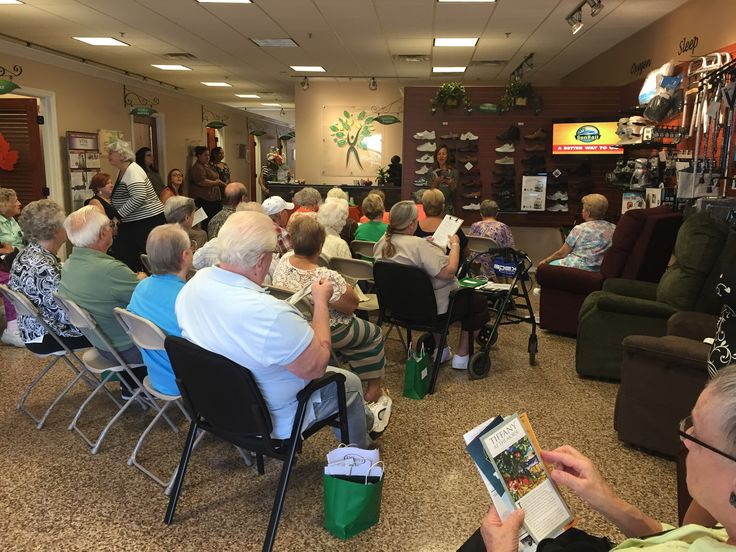 For each #SeniorsOnSunRail, the seniors meet at Aging Tree for breakfast and to learn about #SunRail and hear their agenda for the day.