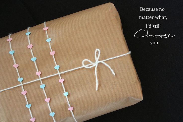 Gift wrapping idea: A gift made with love. / Lahjapaketti rakkaalle, hääparille tai ystävälle. Lahjojen paketointi on inspiroivaa puuhaa.