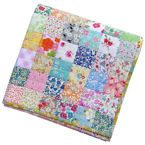 Scrappy Liberty Patchwork Quilt | Red Pepper Quilts | Bloglovin'