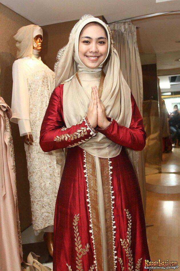 Hijab syar i elegant