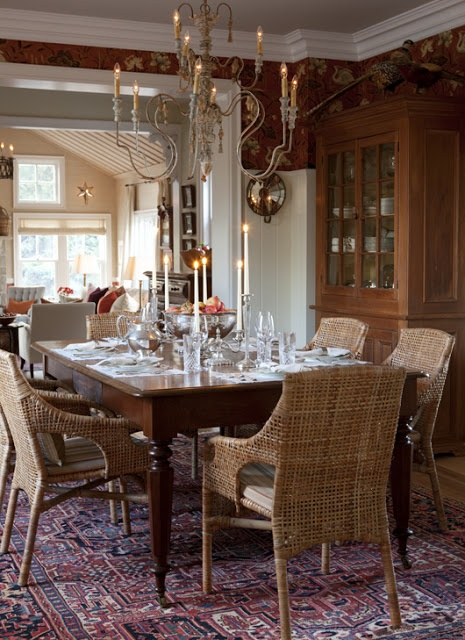 Try Gishs Amish Legacies Walbrook Dining Table In A Tobacco Stain For This Look