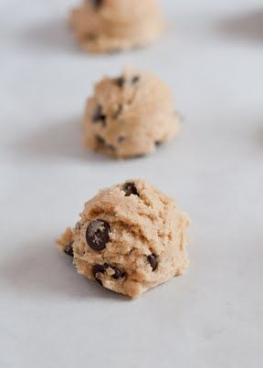 tutorial for the perfect chocolate chip cookie