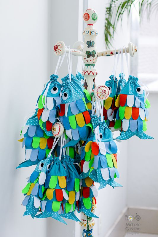 http://michellecastilho.com/pedro-2-anos-decoracao-fundo-do-mar/ #fundodomar #mar                                                                                                                                                                                 Mais