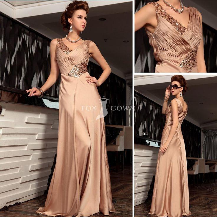 Champagne Satin lange formale Kleid mit Crystal plissierten Mieder und V-Ausschnitt $217.06 Abendkleider