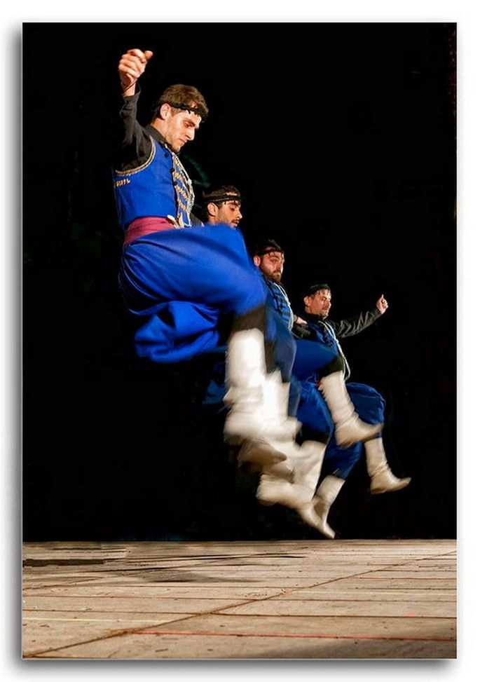 The Pentozali, is a proud 5 step dance from Crete island... requires amazing footwork!
