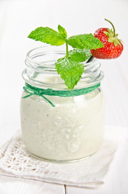 Más verano (avocado strawberry banana smoothie)