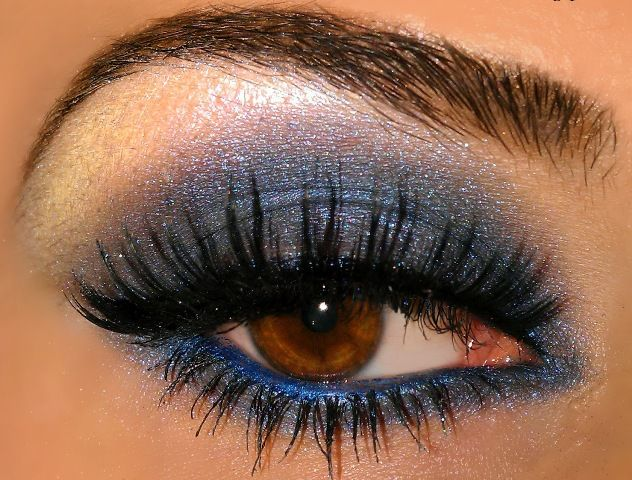Image result for The latest smoky eye shadow