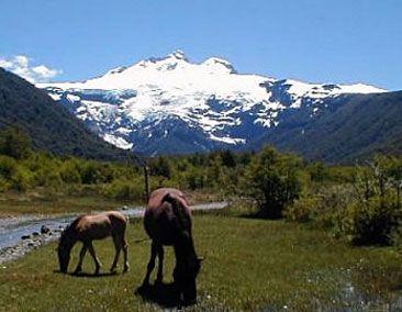 Pampa linda y el Cerro Tronador, Bariloche, Argentina